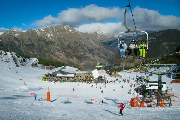 Aramon Cerler estacion de esqui adaptada